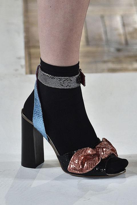 2f0b85b77a Csinos lépők - mert a női láb legszebb ékszere a magassarkú cipő.