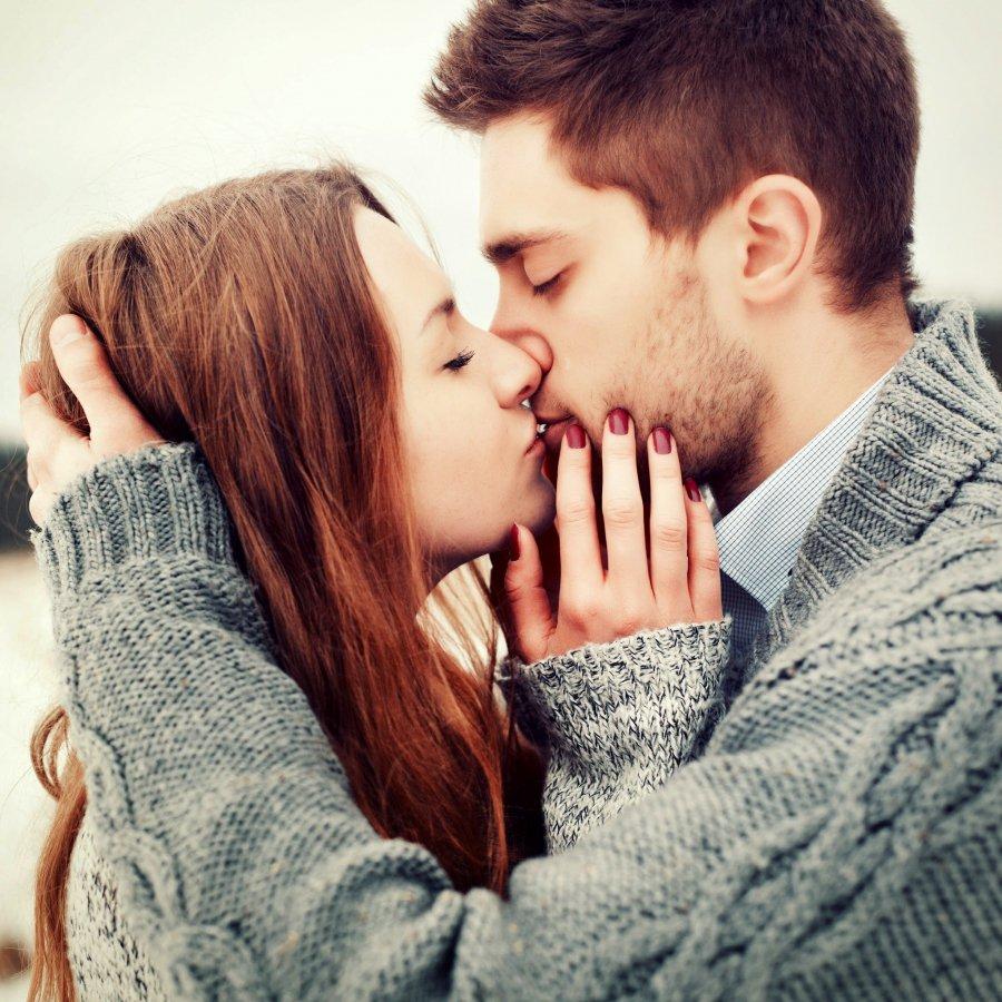 randevú csókok